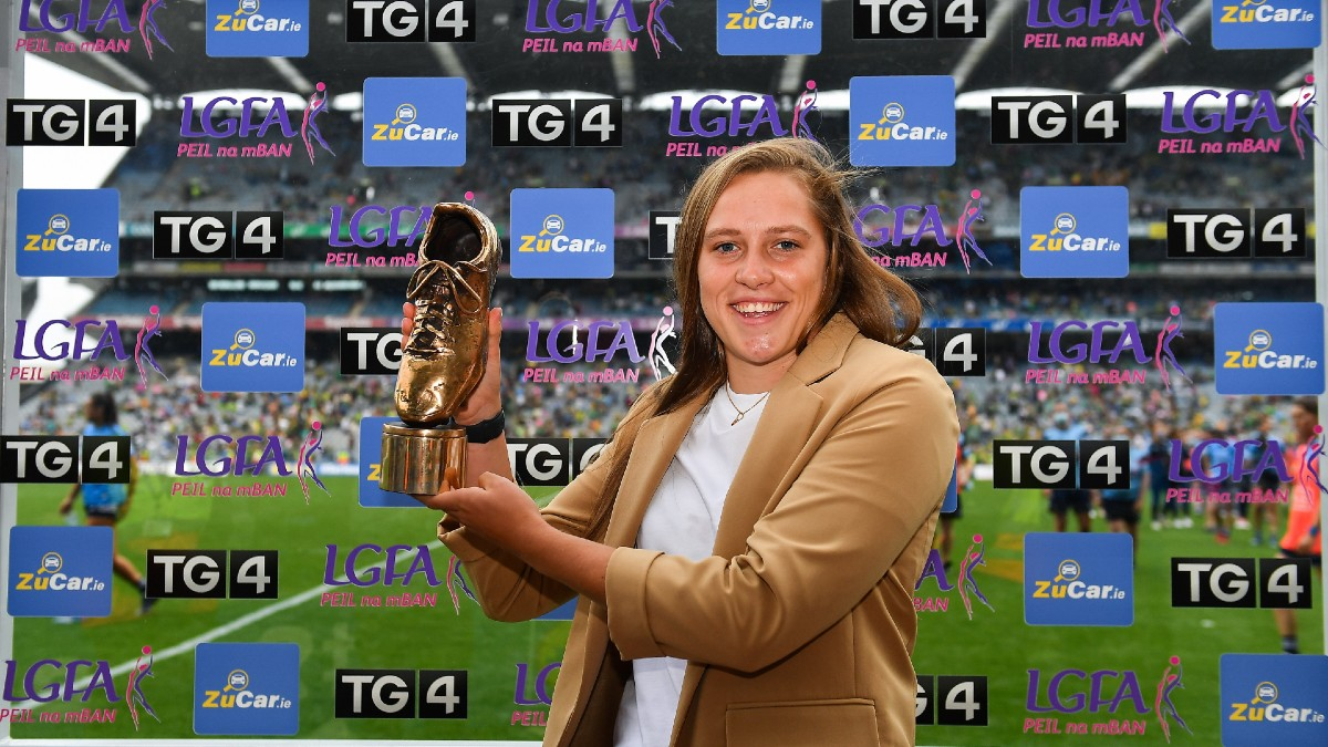 FOOTBALL: Carlow's Clíodhna Ní Shé collects inaugural ZuCar Golden Boot award